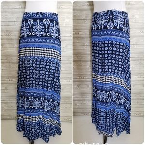 4 for $25 lulu's maxi blue printed skirt